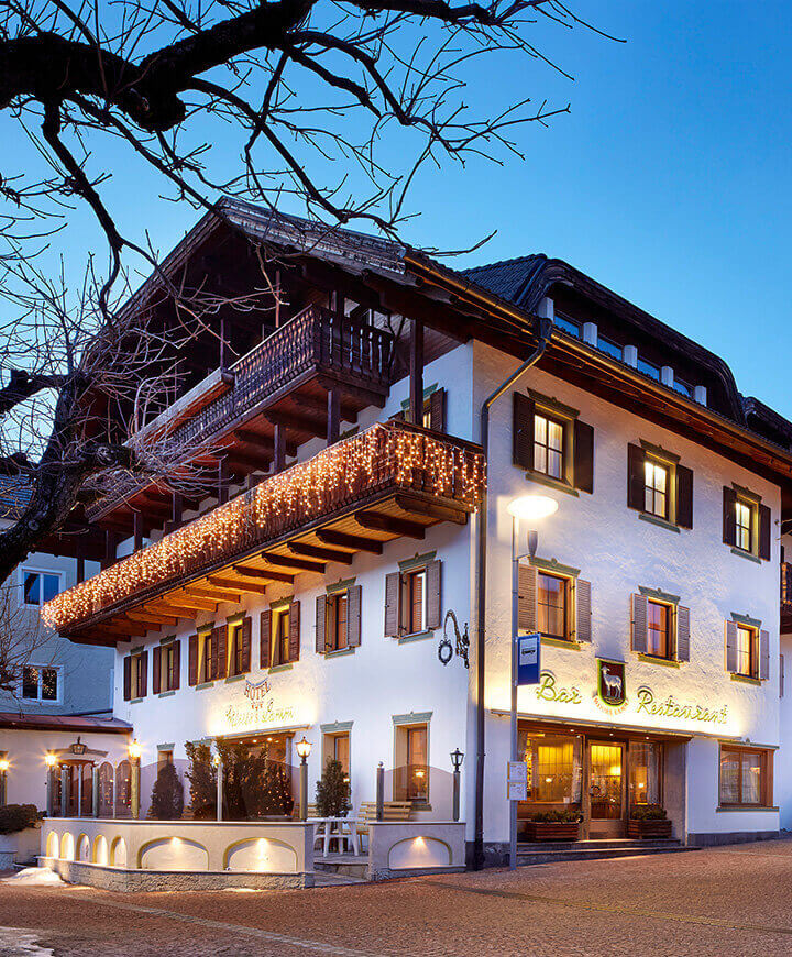 Weißes Lamm Augsburg : hotel weisses lamm in monguelfo val pusteria south tyrol ~ Watch28wear.com Haus und Dekorationen